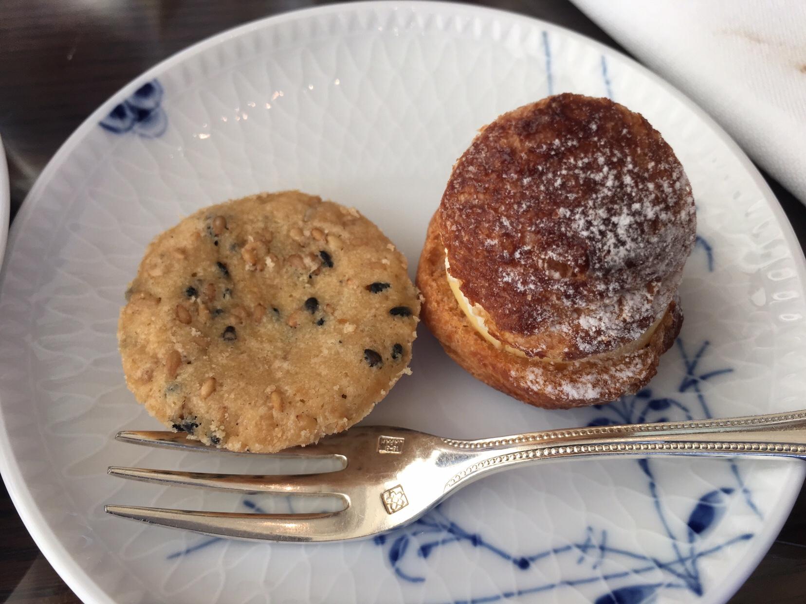表参道うかい亭からのコーヒーとお菓子