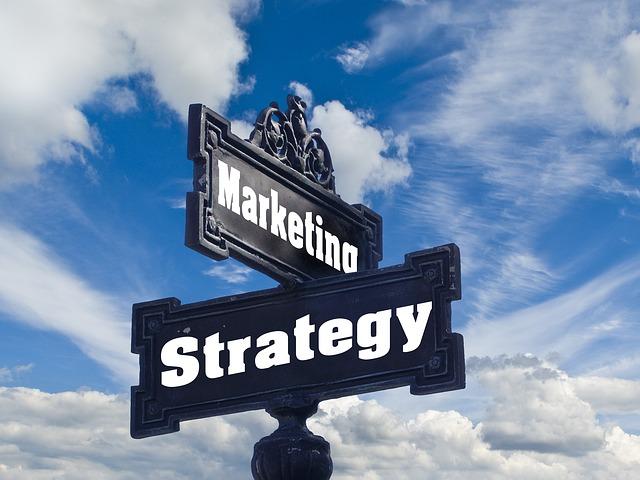 顧客マスタ管理は顧客戦略を実現する第一歩