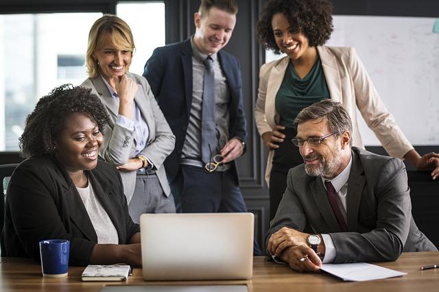 営業戦略の考え方。個人事業とグローバル企業の共通点と相違点