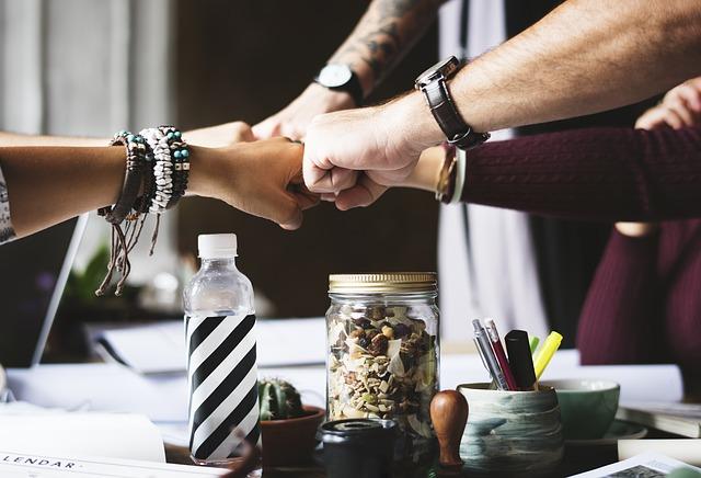 アカウントマネジメントで戦略的に顧客との長期的で良好な関係を築く